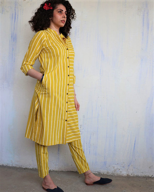 YELLOW LINE BLOCKPRINTED KURTI SET of 2