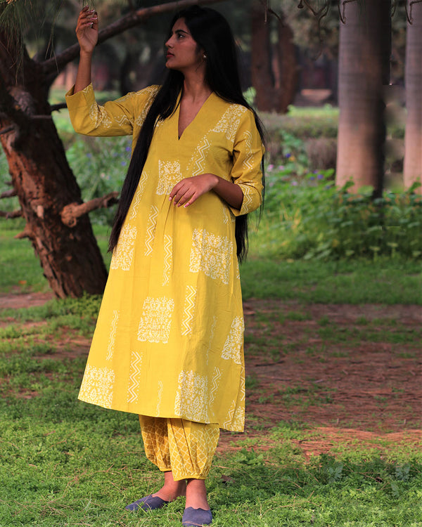 Yellow Handprinted Pure Cotton Kurti Set of 2 - Slow