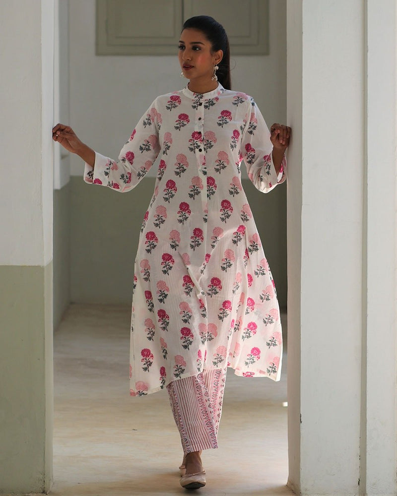 WHITE-PINK HANDPRINTED COTTON KURTI