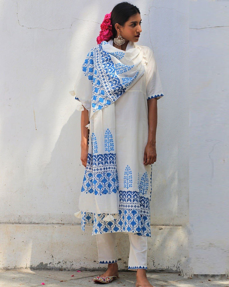 Ivory Blue blockprinted Stole