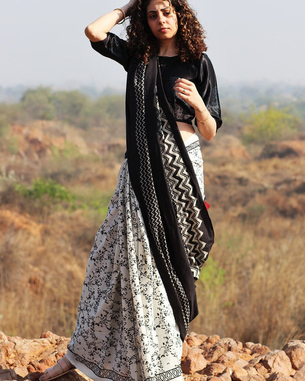 Monochrome Block Printed Cotton Mul Saree