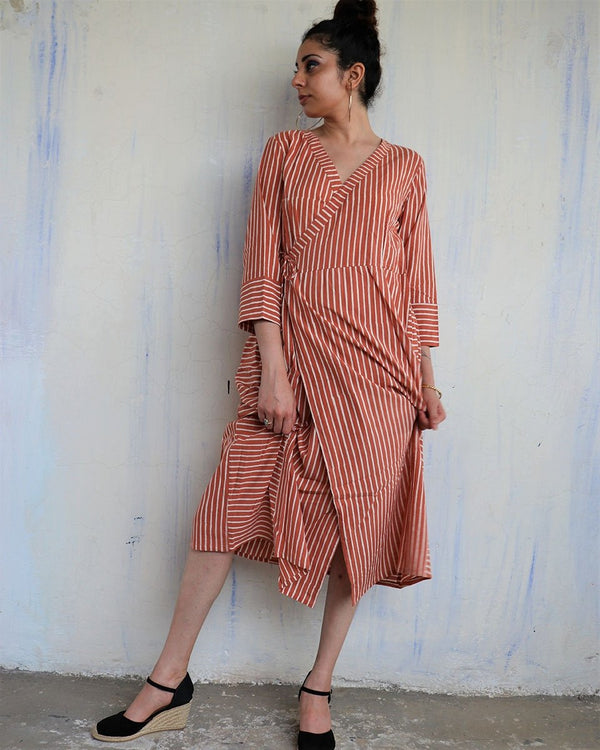 RUST STRIP WRAP DRESS