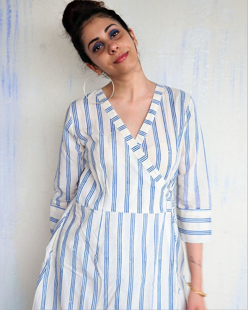 WHITE BLUE STRIP WRAP KURTI