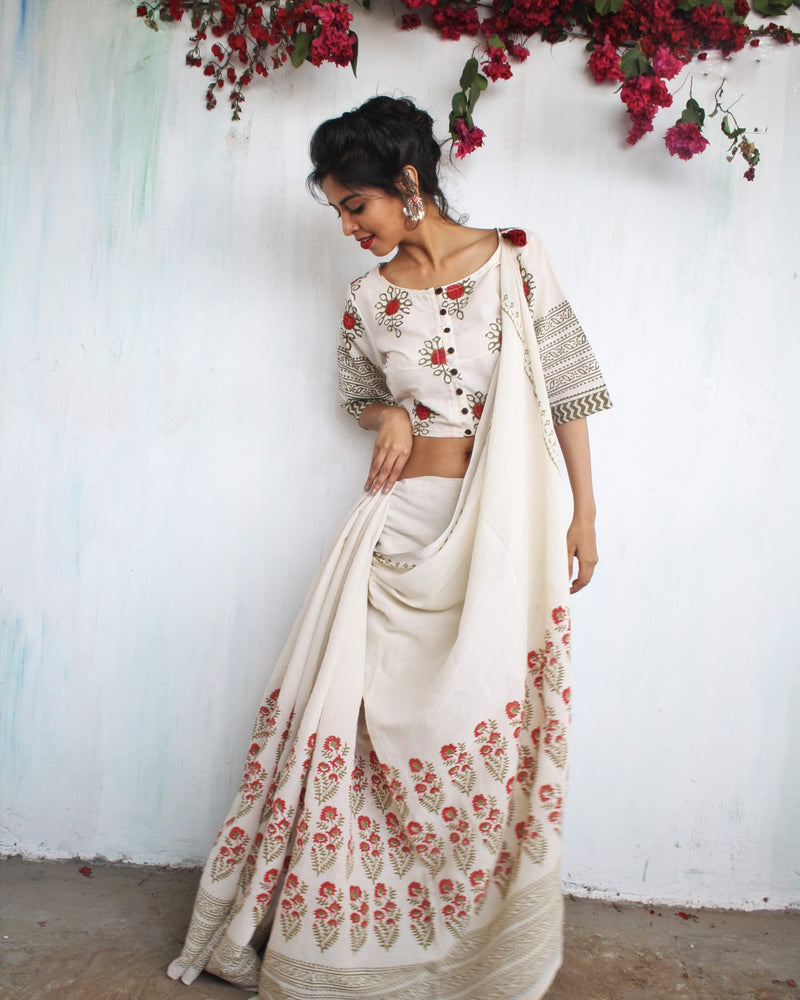 Ivory floral Block Printed Cotton Mul Saree
