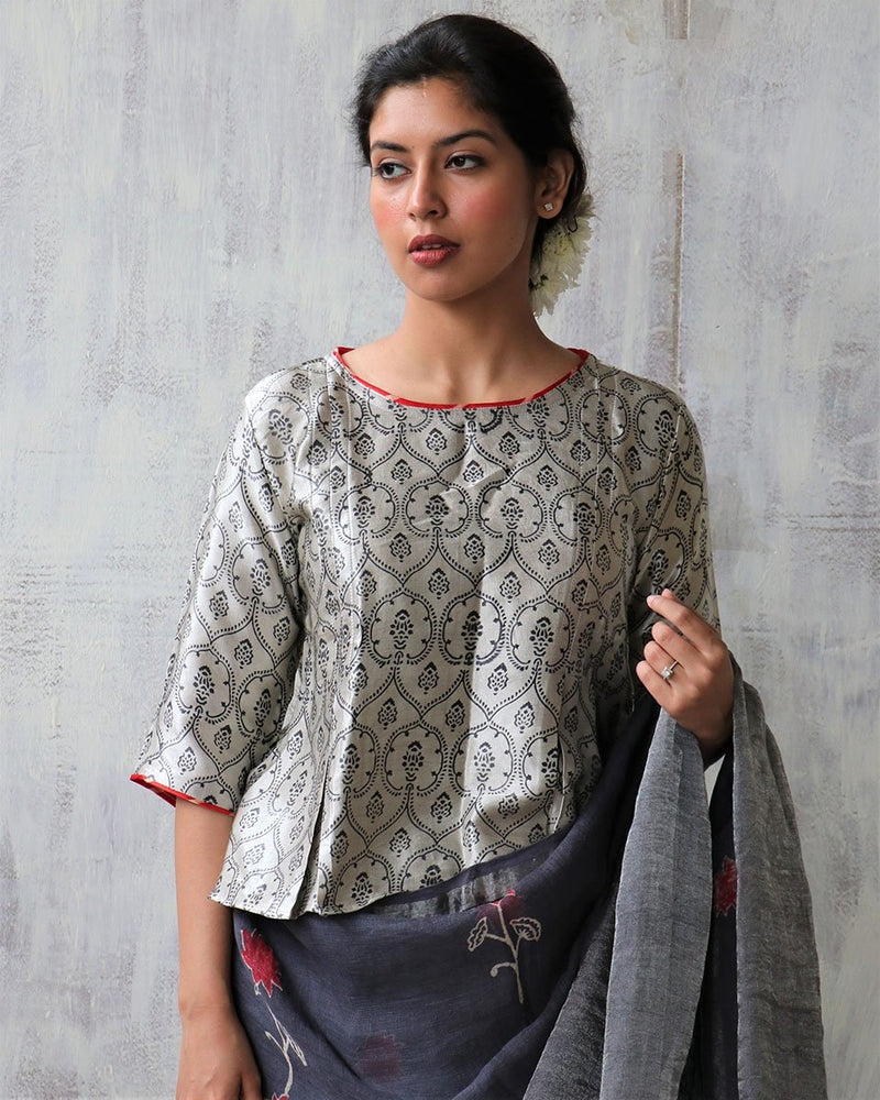 CREAM BLOCKPRINT MASHRU TOP