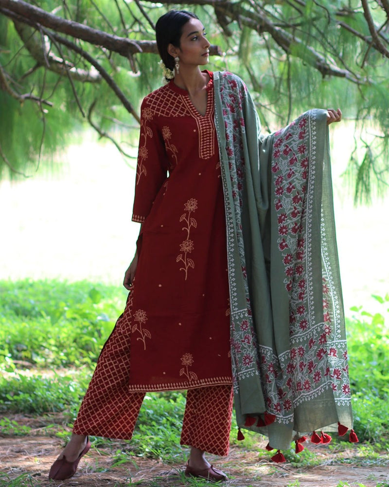 GREEN BLOCKPRINTED COTTON SILK DUPATTA