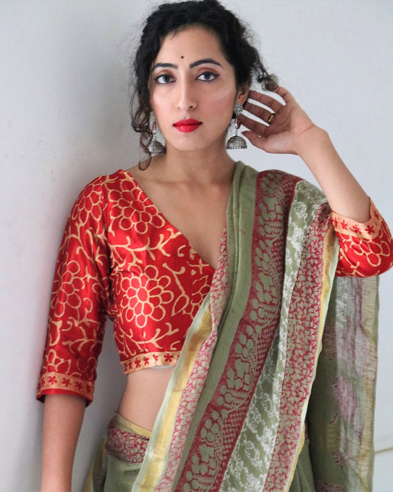 RED V NECK BLOCKPRINTED CROP TOP IN MASHRU SILK