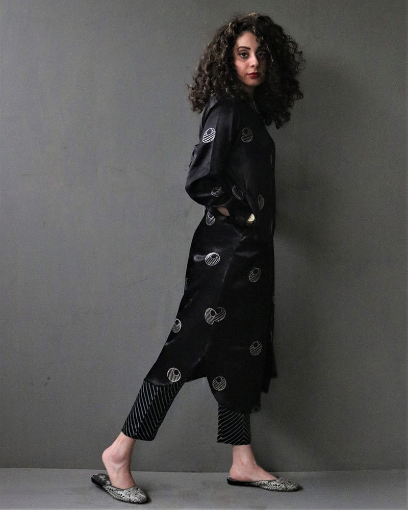BLACK MOON HANDPRINTED MASHRU SILK KURTI