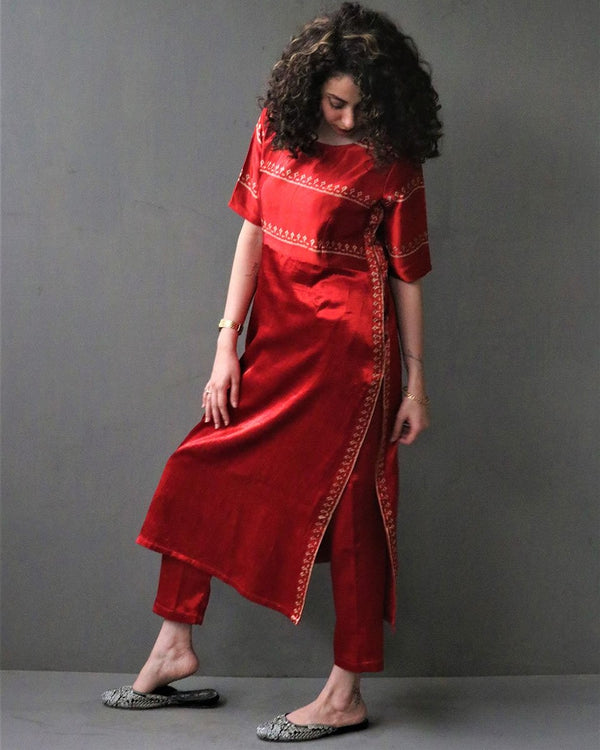 RED HANDPRINTED MASHRU SILK BOTTOMS