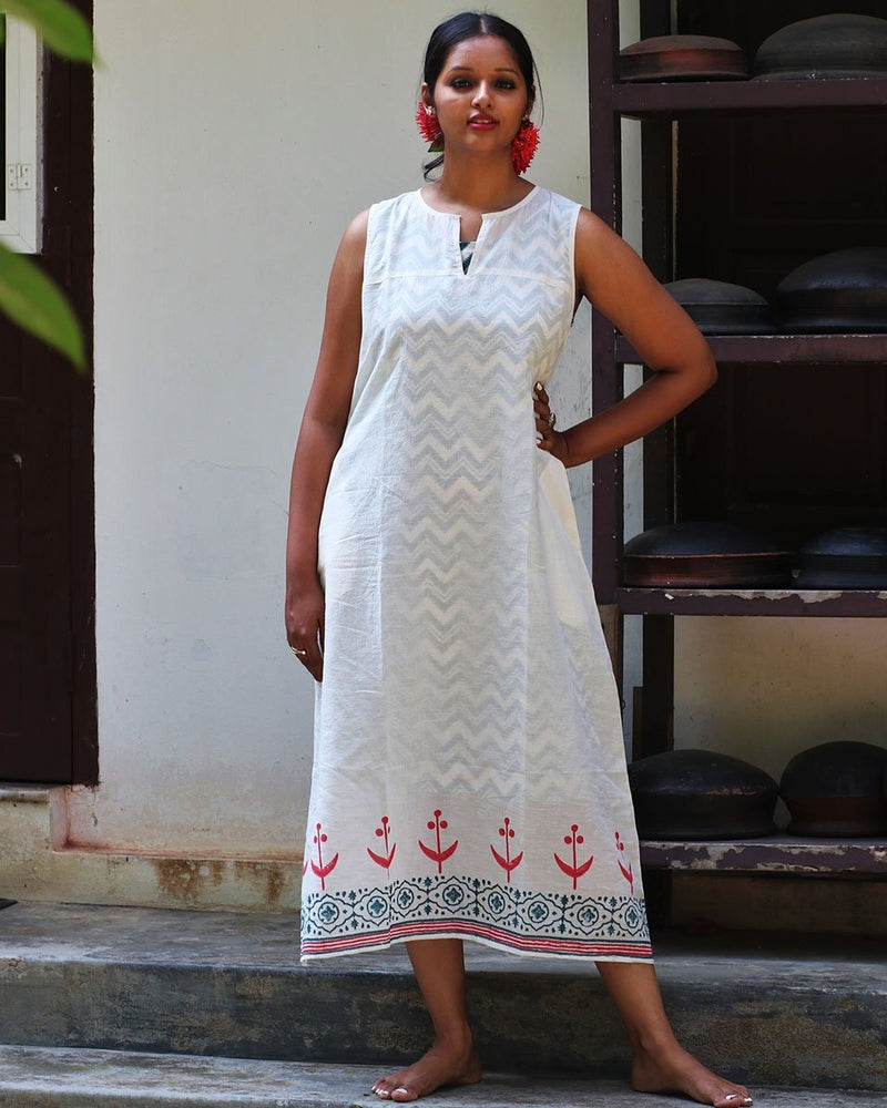 IVORY RED BLOCKPRINTED MULMUL SLEEVLESS DRESS WITH GREEN SLIP(SET OF 2)