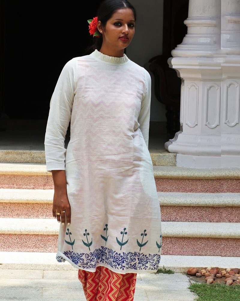 IVORY BLUE BLOCKPRINTED MULMUL FRILL NECK KURTI WITH PINK SLIP AND BOTTOM(SET OF 3)