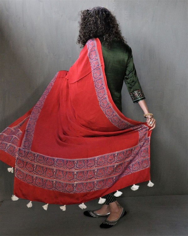 RED BLOCKPRINTED MODAL SILK DUPATTA