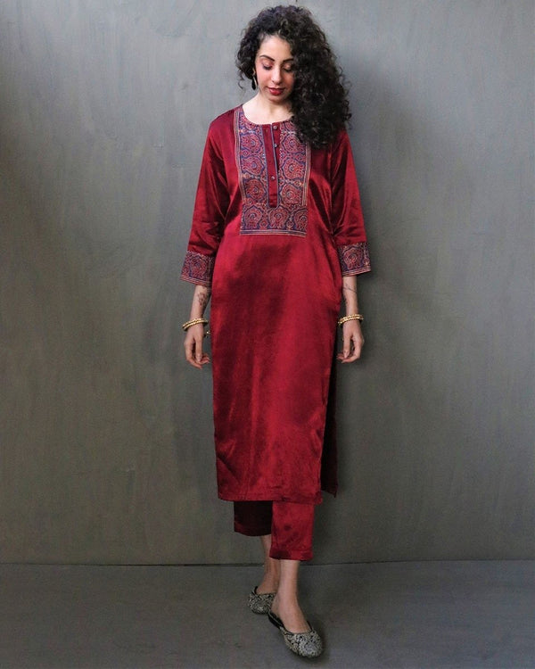 MAROON BLOCKPRINTED MASHRU SILK BOTTOMS