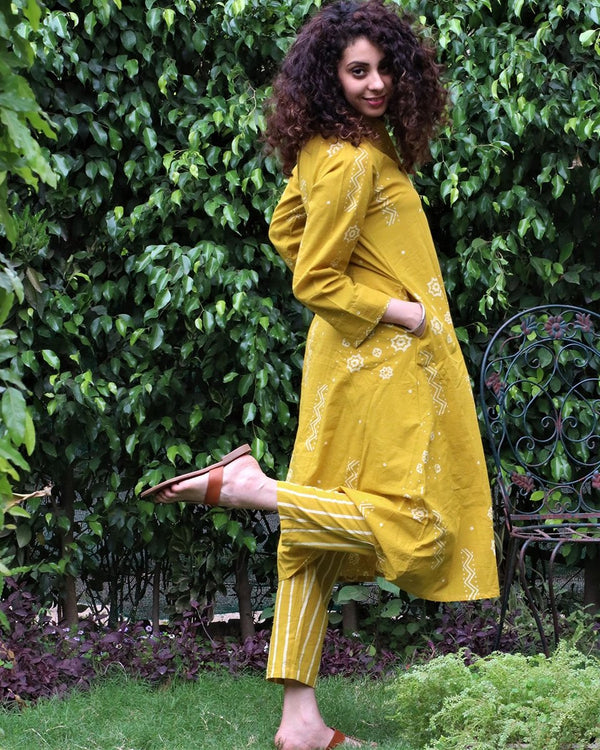 Yellow blockprinted kurti & botton (set of 2)