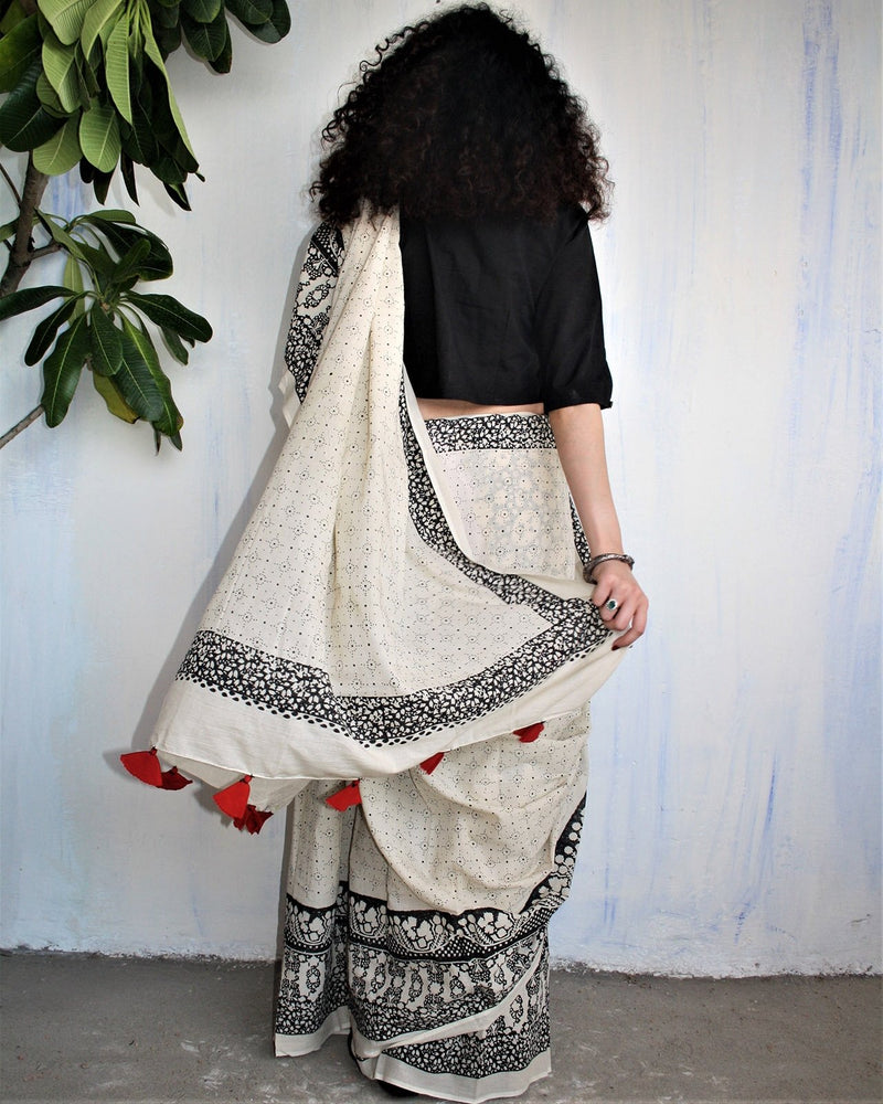 Ivory Black Block Printed Cotton Mul Saree