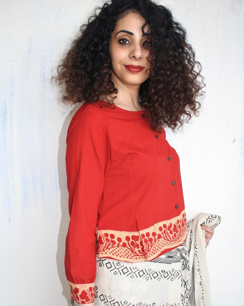 RED BLOCK PRINTED COTTON CROP TOP BLOUSE