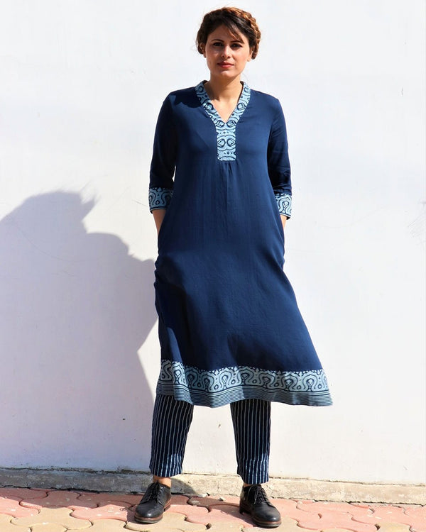BLUE V NECK HANDPRINTED COTTON SILK KURTI