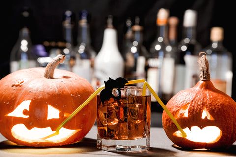 5 adult approved halloween themed drinks easy to make with whiskey