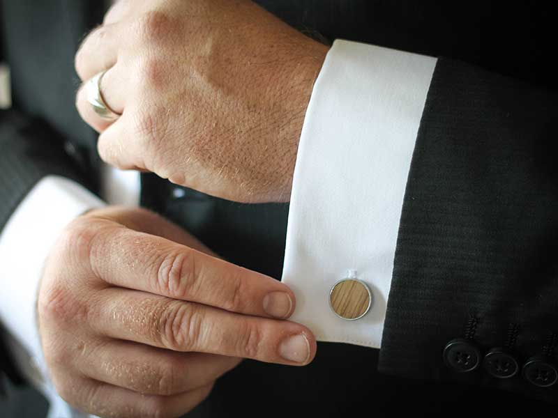 groomsmen and wedding whiskey barrel cufflinks