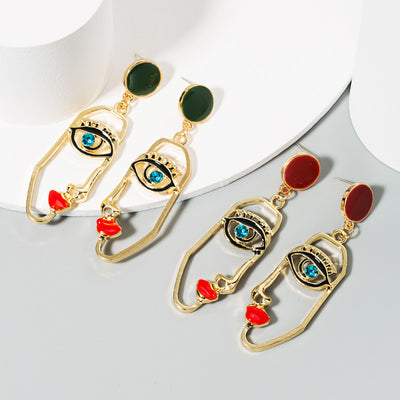 Buy beautiful Eyes On Me Forest Green Gold Earrings - AWKN Jewelry's