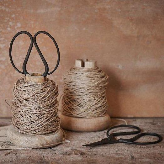 Load image into Gallery viewer, Wooden Bobbin with Jute String & Iron Scissors