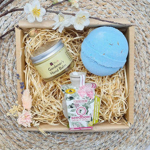 Load image into Gallery viewer, Lavender & Garden Gift Set Valentines Day - Vera-Bee