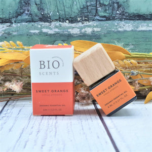 Load image into Gallery viewer, Organic Sweet Orange Essential Oil - Bio Scents