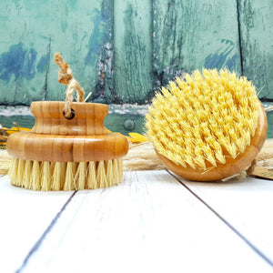 Load image into Gallery viewer, Bamboo Body Brush with Coconut bristles. Dry brushing. Massge. Natural. Sustainable. Plastic Free. Vera-Bee.