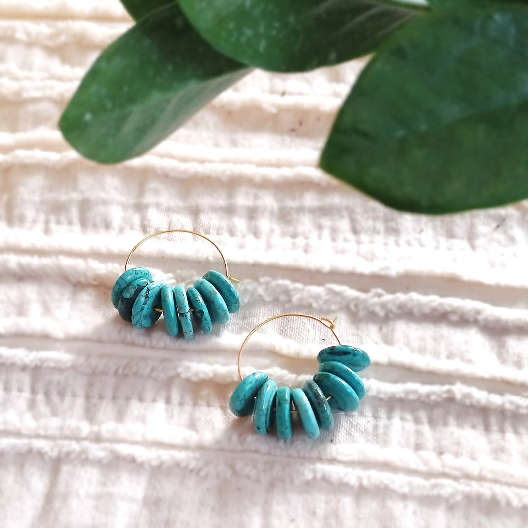 Dainty Dame Hoop Earrings