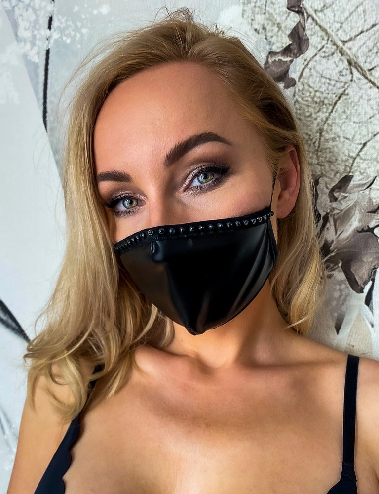 Sexy face mask with decorative seam