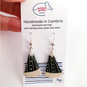 Earrings - Graphic Dangle #7