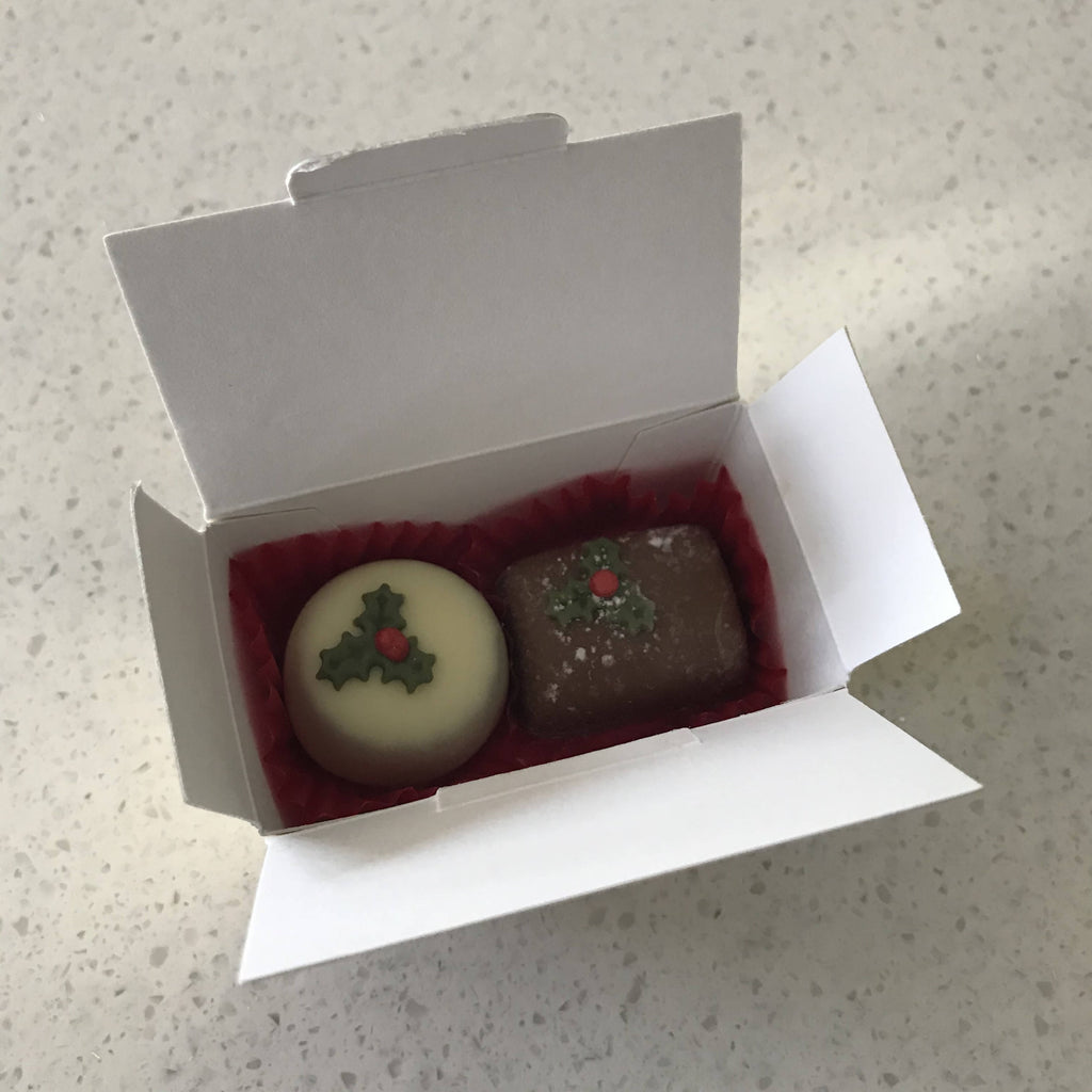 Christmas Favour Chocolate Box (Caramel and Truffle)