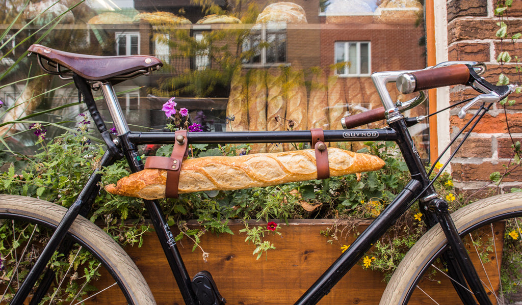 perfect baguette on a bicycle
