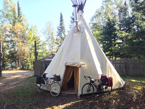 Village de Tee-Pee La Bourgade Petit Train Du Nord CycleTouring Quebec