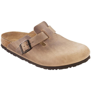 Quarter view Men's Birkenstock Footwear style name Boston Soft Footbed Regular in color Tobacco Oil. Sku: 1018147