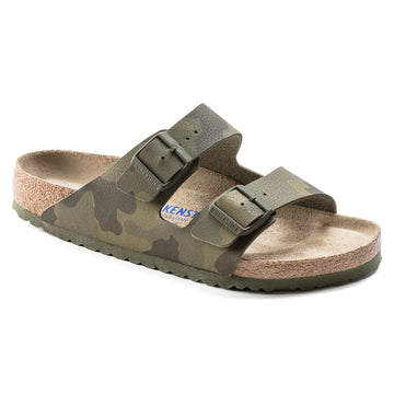Quarter view Men's Birkenstock Footwear style name Arizona Birko Flor Soft Footbed Regular in color Camo Green. Sku: 1019-597