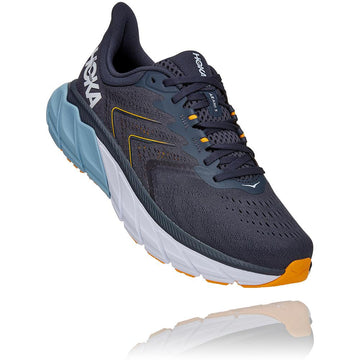Quarter view Men's Hoka Arahi 5 Wide in Ombre Blue/Blue Fog. Sku: 1115011OBBF
