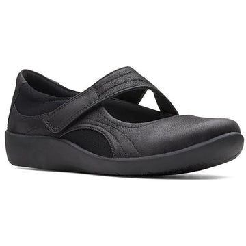 Women's Clarks Sillian Bella in Black