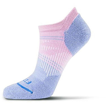 Quarter view Unisex Fits Sock style name Light Runner No Show in color Lavender Herb. Sku: F3201-300