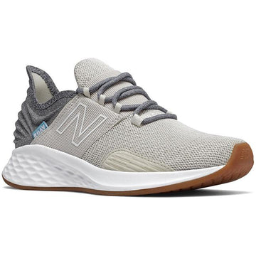 Women's New Balance WROAVTG in Moonbeam/ Light Alluminum sku: WROAVTG