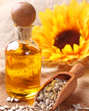 Sunflower oil is a highly absorbent oil that clog pores. It's non-irritating for most people, and can be used on all types of skin, including dry, normal, oily, and acne prone. It contains Vitamin E, an antioxidant that can help protect skin from free radicals and the adverse effects of the sun.