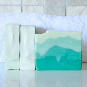 Still Bay Sea soap, handmade soap with real sea salt. Naturally handmade by Anansé Naturals.