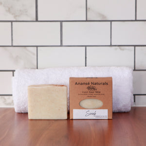 Combat persistent dirt and smells with our Scrub Exfoliating soap bar. It's packed with natural exfoliants like ground apricot seeds, pumice, colloidal oats, and clays to scrub hard-working hands. Ideal for gardeners, it's also proven useful in a workshop environment to get rid of oil, soot, and grease.  Its healing oils will leave your skin feeling clean, soft, and hydrated.