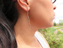 Load image into Gallery viewer, Twig Long Earrings