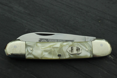 Vintage Canoe Pattern with Imitation Pearl Handles