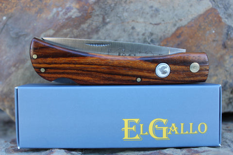 El Gallo EG99L Wood Handle Large Lockback D2 blade