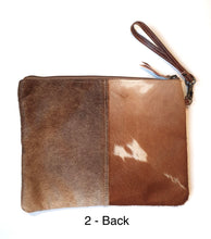 Load image into Gallery viewer, Large Gaucho Clutch  - Brown & White