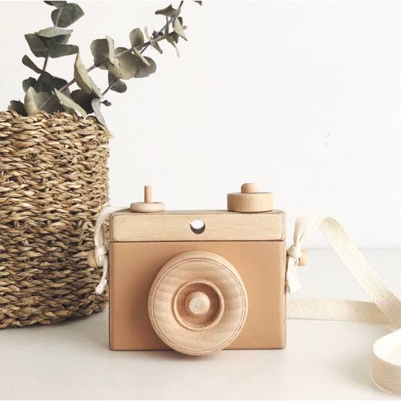 Classic Wooden Camera - Tan