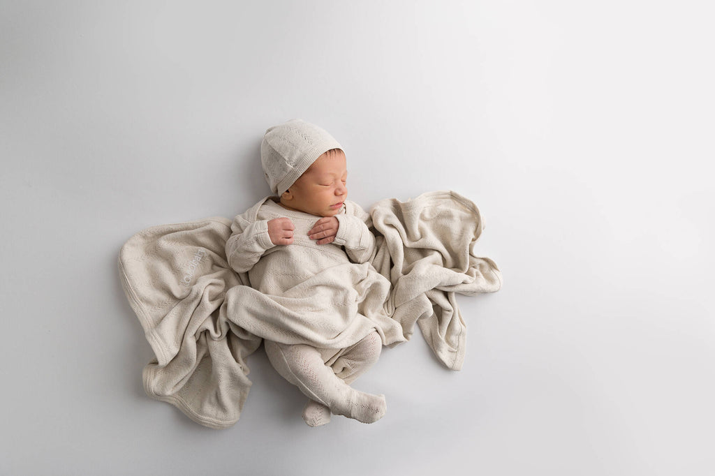 L'ovedbaby Organic Pointelle Blanket in Stone