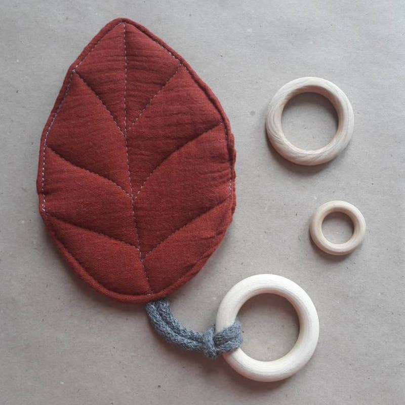 Leaf Teether